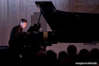 stuttgart_schwarz-classic_and_depeche_Konzert-2012_04_13-michael_kueper-0008