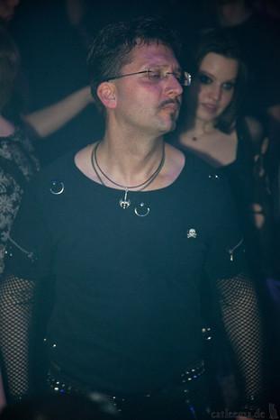 stuttgart_schwarz-die_roehre-last_dance-2011_03_12-cat_mason-0041