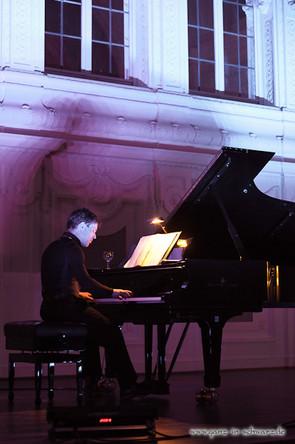 stuttgart_schwarz-classic_and_depeche_Konzert-2012_04_13-michael_kueper-0018