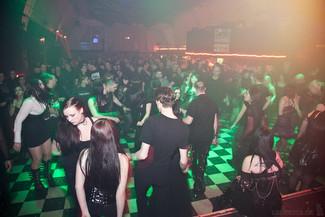 stuttgart_schwarz-die_roehre-last_dance-2011_03_12-cat_mason-0021