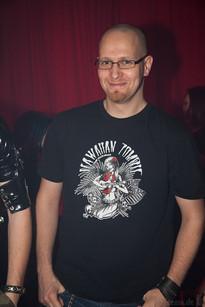 stuttgart_schwarz-die_roehre-last_dance-2011_03_12-cat_mason-0044