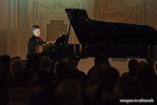 stuttgart_schwarz-classic_and_depeche_Konzert-2012_04_13-michael_kueper-0007