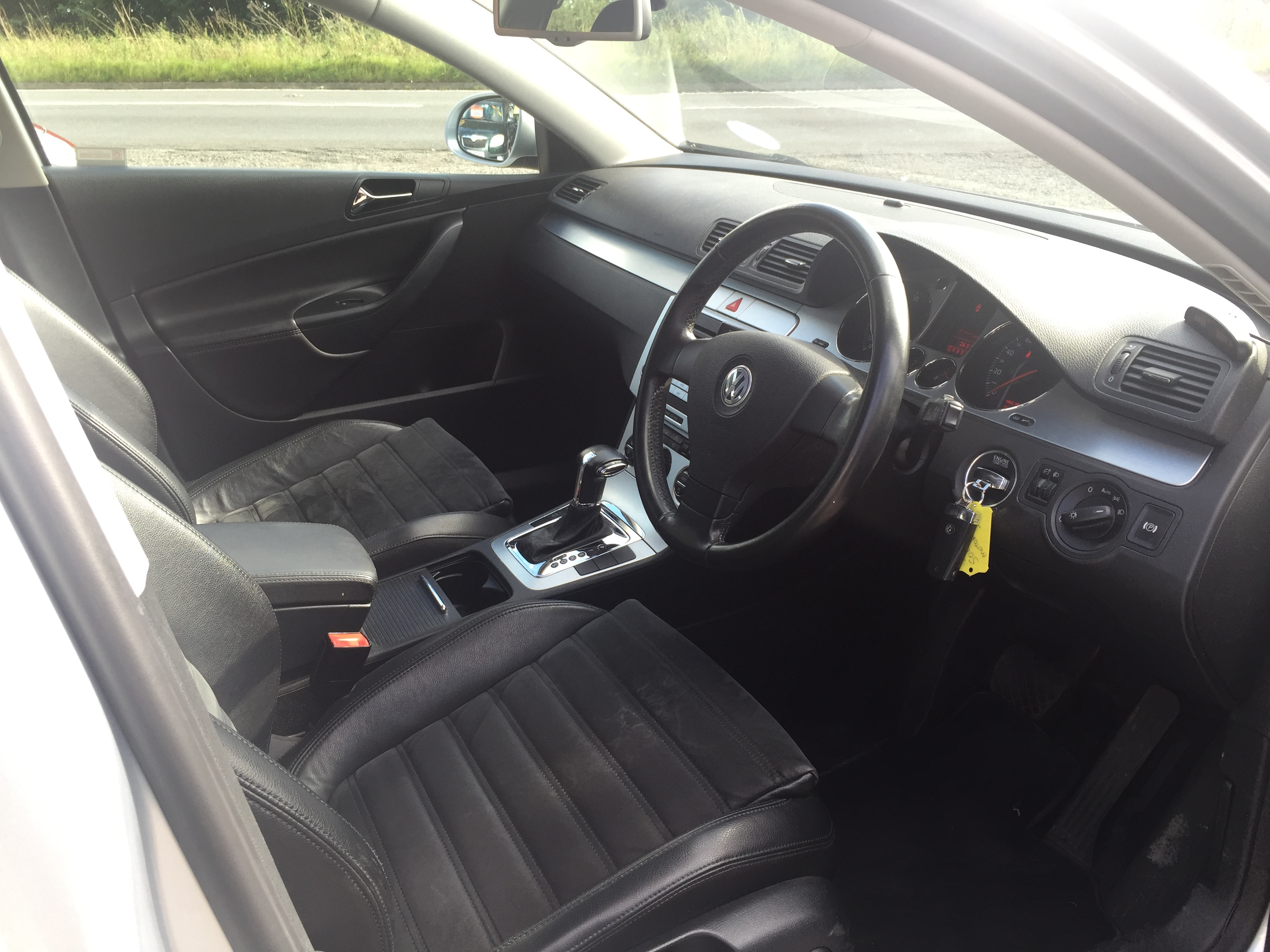 VW Passat 2.0TDI DSG 2008 Top Spec