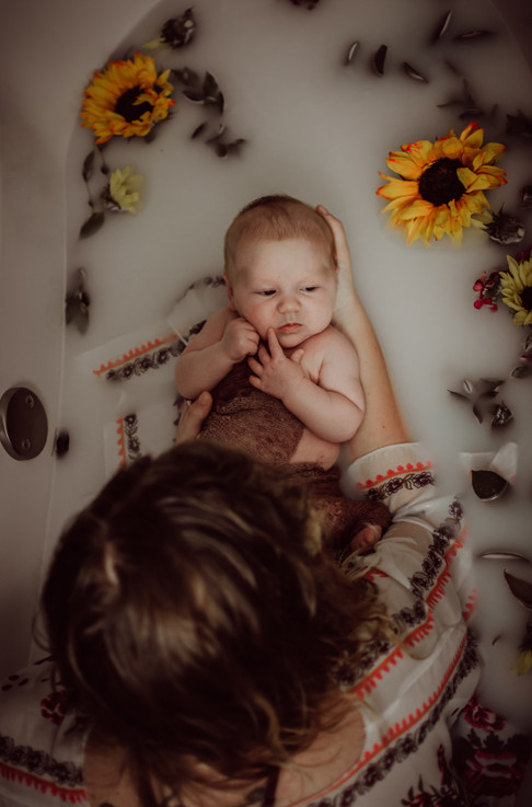 newborn milkbath photography   Kenosha, wi