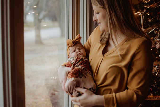 in home newborn photography | burlington, wi