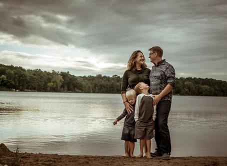 Zlevor Family Photos | Lake Wandewega | Elkhorn, WI