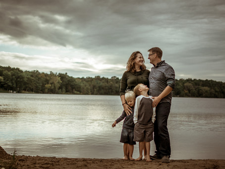 Zlevor Family Photos | Lake Wandewega | Elkhorn, WI