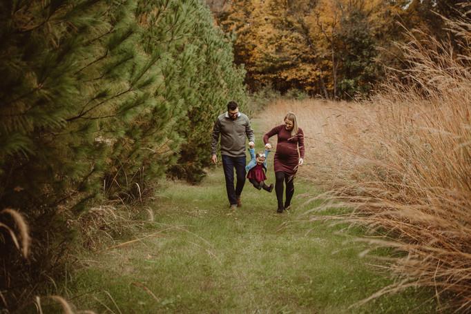 family photography/maternity session | seno, burlington, wi