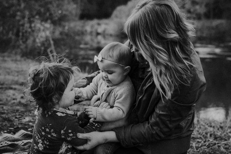 moody mother and daughters at price park | elkhorn, wi