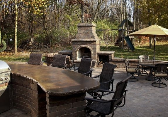 Paver Brick Patio- Dining