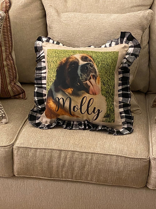 Large Pillow with Ruffle