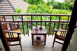 masterroom-balcony.jpg