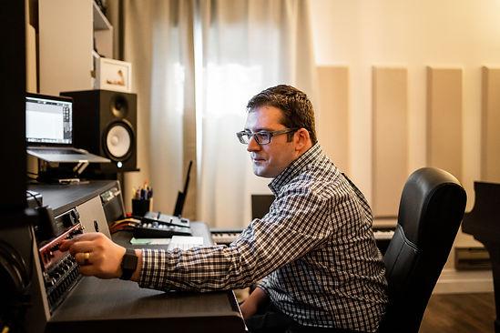 Studio (33 of 76).jpg