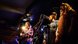 townsppl press shot - on stage photo-tom v bush.jpg
