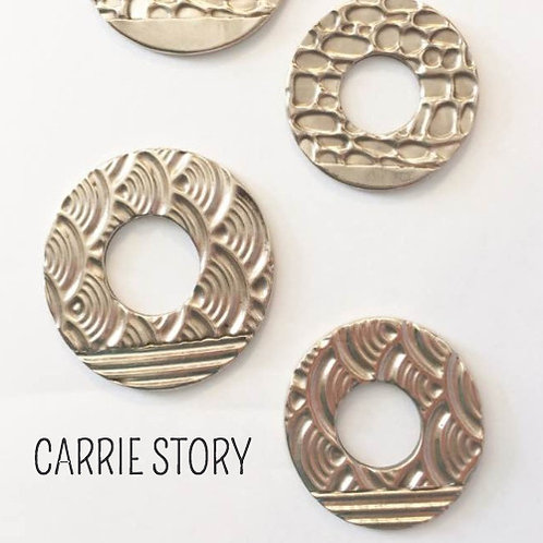 White Bronze: The OTHER White Metal with Carrie Story