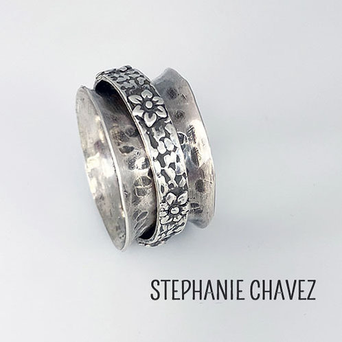 Spinner Rings! with Stephanie Chavez