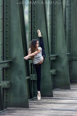 Symmetry & Dance_003