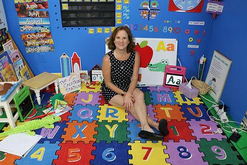 Mrs. Hamilton's Class Photo..JPG