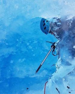 ♡ S V A R T I S E N ♡ NavnetSvartisen har sammenheng med at breis i Nordland ofte kalles _svartis_