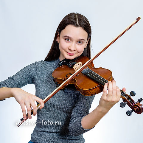 портрет со скрипкой