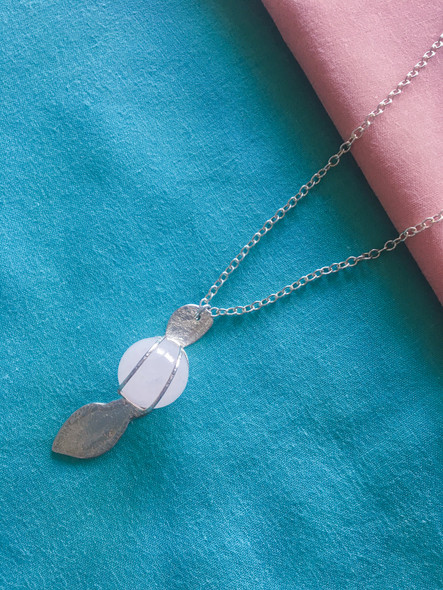 Rose Quartz Pod Necklace
