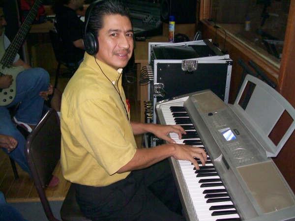 estudiantes de la carrera de musica