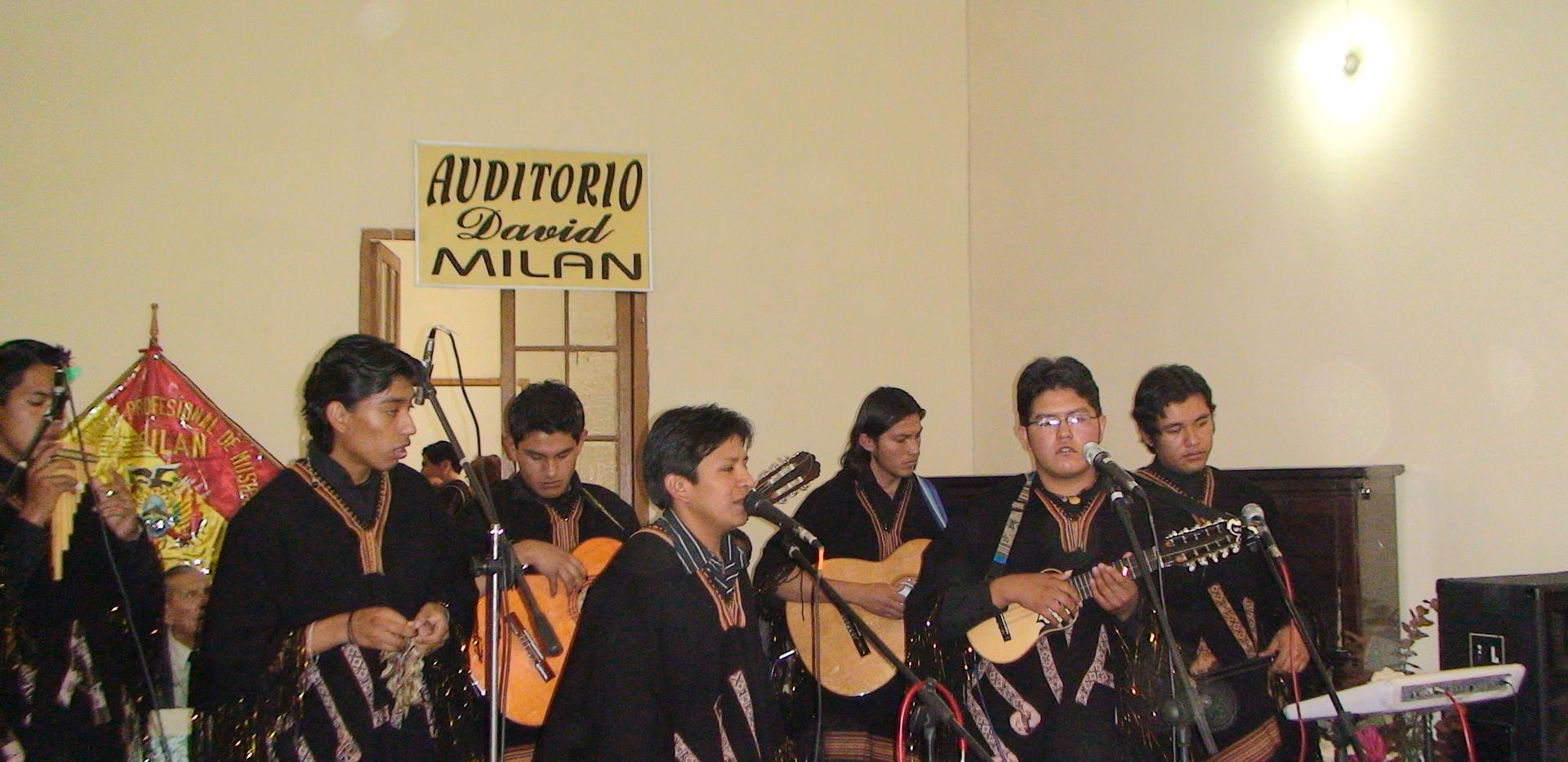 Grupo Folklorico Milan