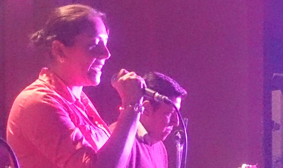 cantando con amor en cochabamba