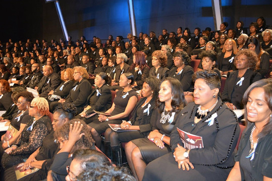 Date of Photograph: ca. October 31, 2015  The Monument of Faith Mass Choir at the National Homegoing Celebration of Apostle Richard D. Henton, held at the House of Hope in Chicago IL.  Physical Attributes: Color (2048 x 1365 px; 96 dpi)  Photo Credit: Courtesy of Rory Trotter Sr.  Going Home | R.D. Henton Photo Library