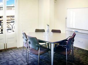 Meeting_Room_6_Seats_whiteboard.jpg