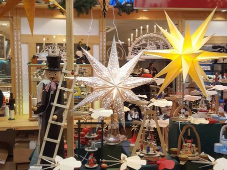 Erzgebirgische Weihnachtsartikel in den Arcaden