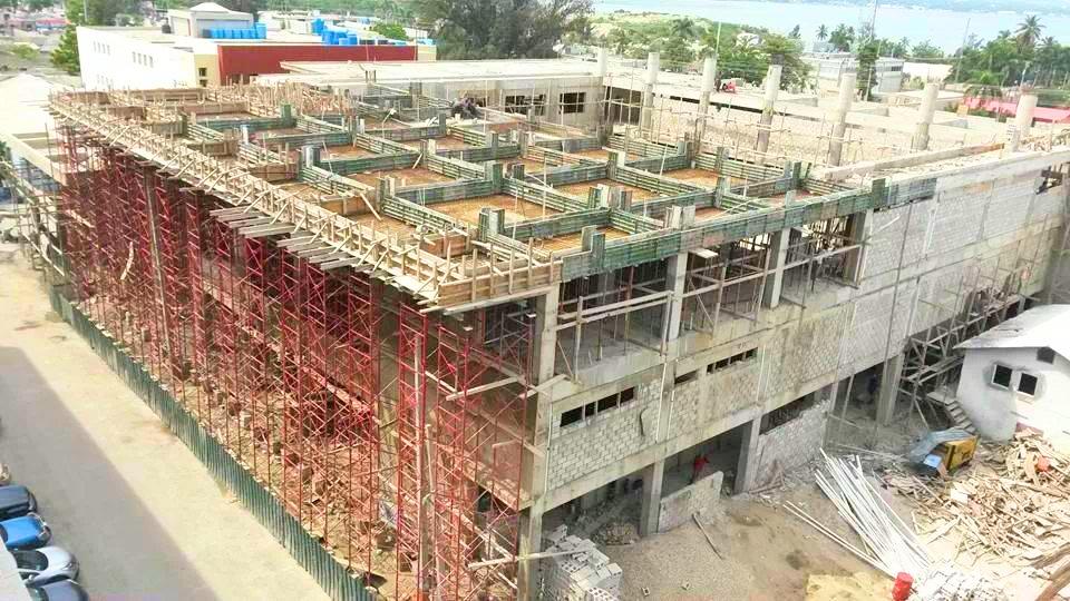 Fachada_Andamios_Banco_Central_Haití