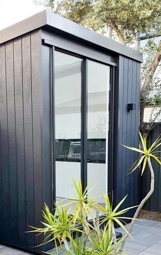 inoutside garden room - Cabin design