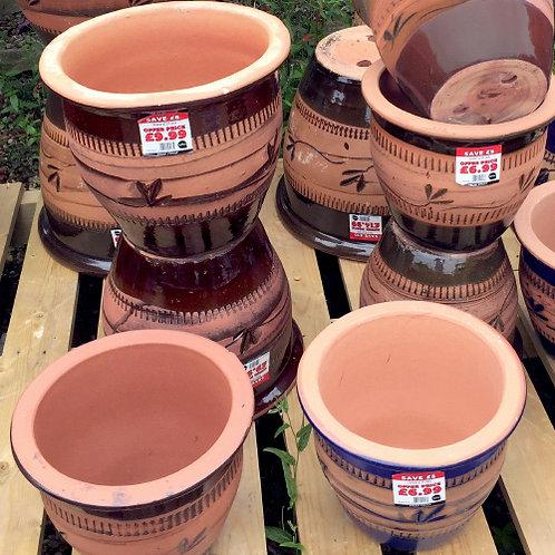 Semi-Glazed Leaf Design Planter