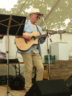 180513_Bluesbury Group at Green Fair_10.