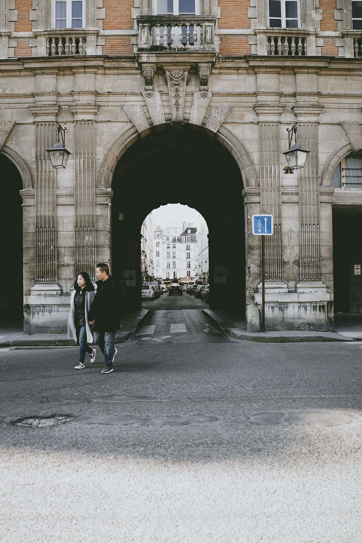 Paris Proposal Photographer Place Des Vosges