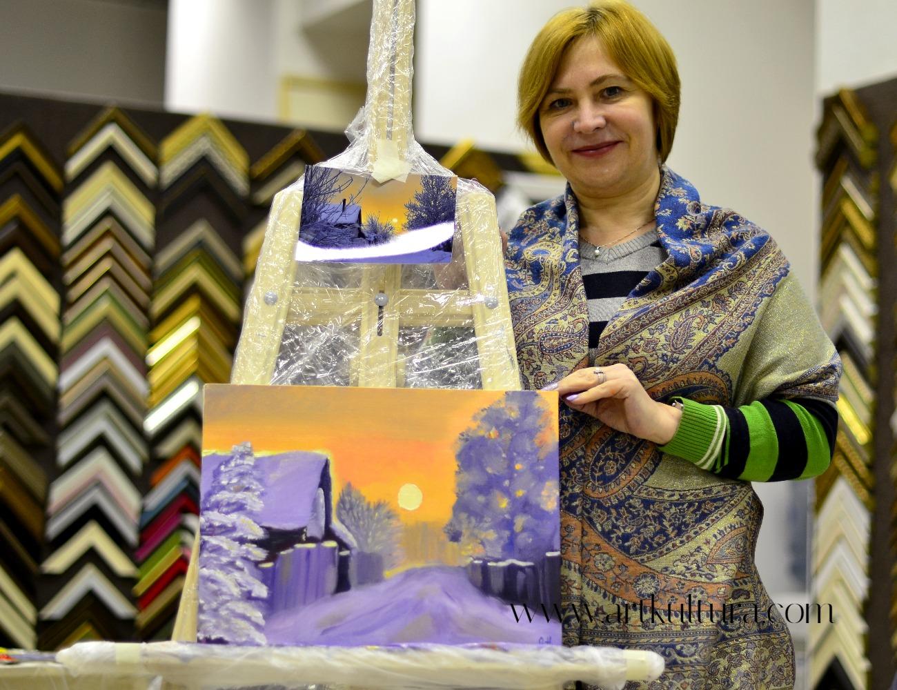 Ольга со своей первой картиной маслом