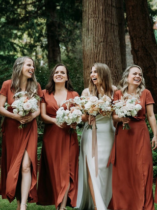 LISA & MARK, 2020 BRIDE AND BRIDESMAIDS  PHOTOGRAPHY: LEAH MARTIN MAKEUP: KSENIA