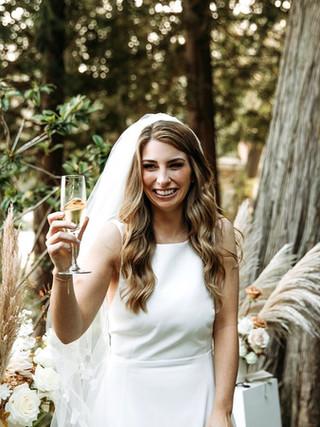 LISA & MARK, 2020 BRIDE AND BRIDESMAIDS  PHOTOGRAPHY: LEAH MARTIN MAKEUP: KSENIA