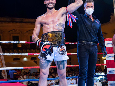 CARRARA CLAIMS WORLD TITLE AT ROAD TO LION FIGHT ITALY