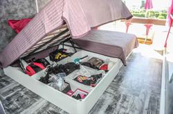 Grands rangements sous les lits