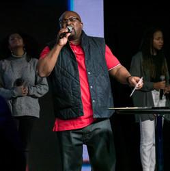 Senior Pastor Lawrence Peoples