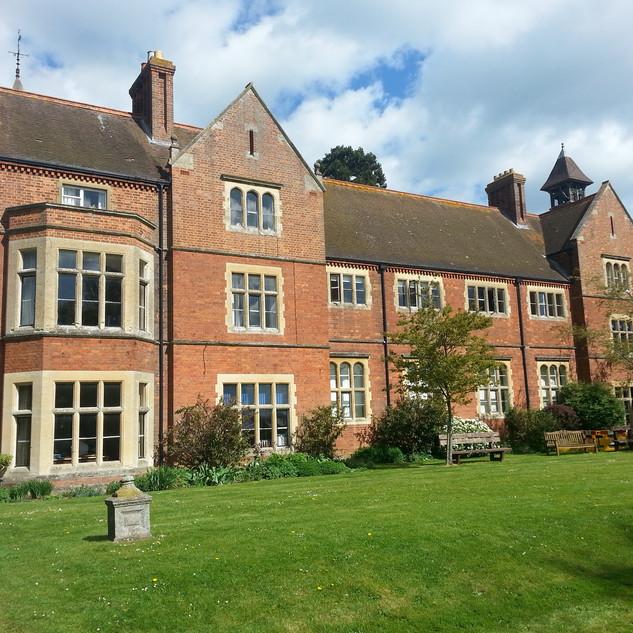 LORD WILLIAM'S SCHOOL