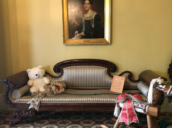 Front Parlor, Ten Broeck Mansion