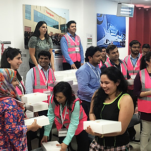 Pink Caravan Ramadan Gift Giving Campaign