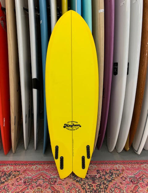 ...lost- Round nose fish retro 5'8x21x2.