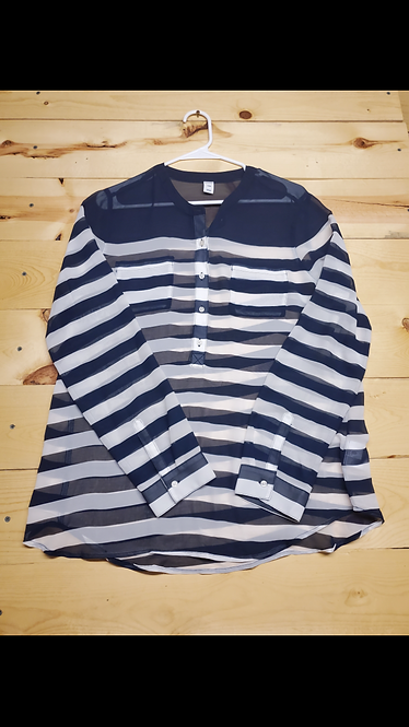 Old Navy Long Sleeve Women?s Large