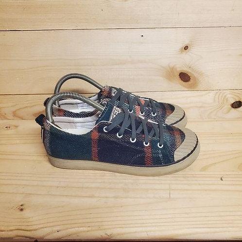 Keen Elsa Fleece Sneaker Women's Size 9.5