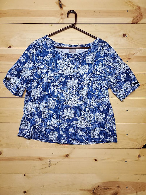Chicos Women's T-Shirt Size 2