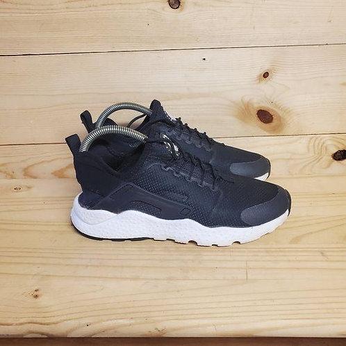 Nike Air Huarache Run Altra Women's Size 9.5